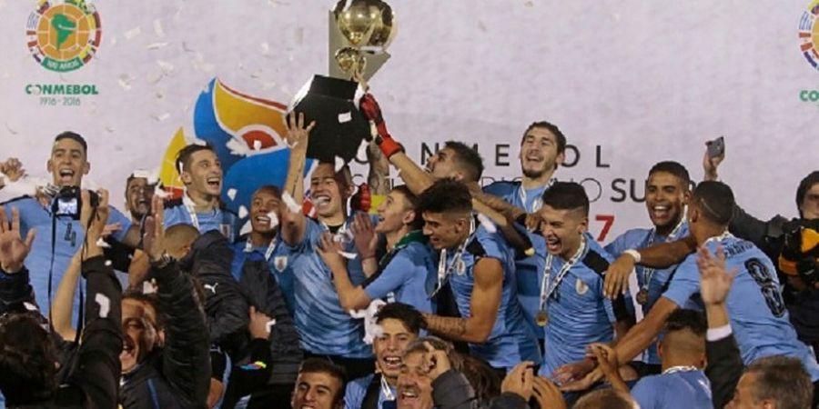 Uruguay Akhiri Paceklik Gelar Junior, Luis Suarez Bangga
