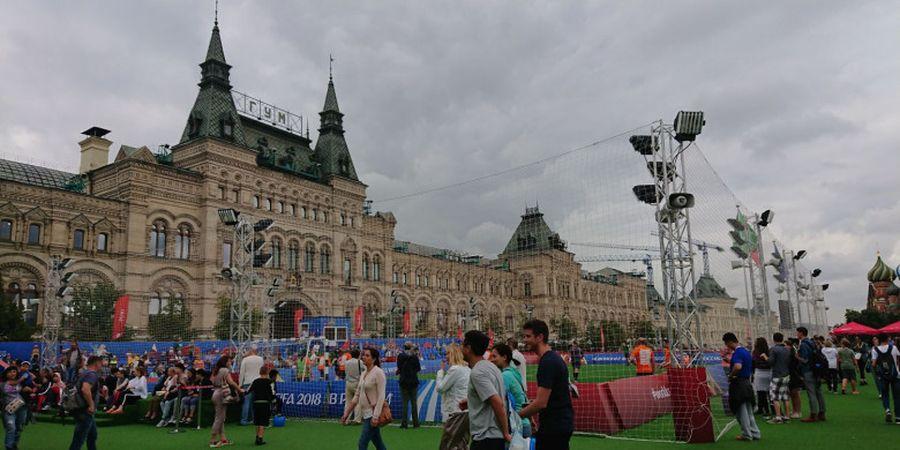 Football Park Moskow, Keriaan di Tengah Red Square