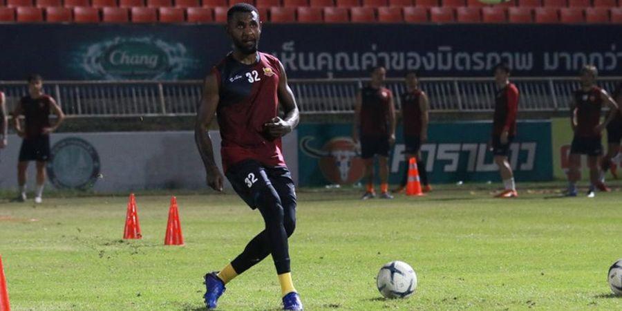 Yanto Basna Jadi Starter dan Antar Sukhothai FC Pertahankan Catatan Apik di Liga Thailand