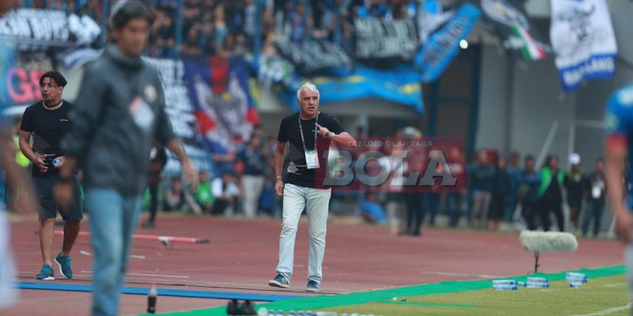 Mario Gomez Berpeluang Langsung Reuni dengan Persib Bandung