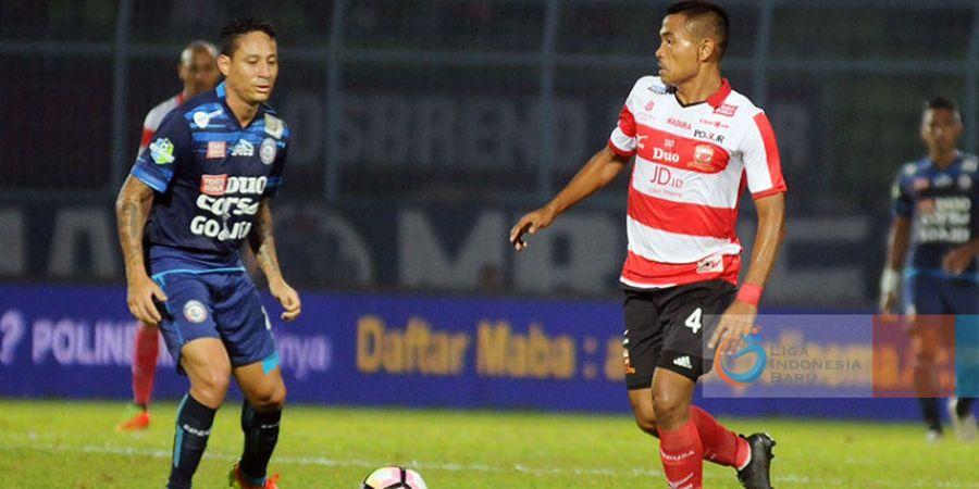 Kontraknya Diperpanjang Madura United, Ini Kata Asep Berlian