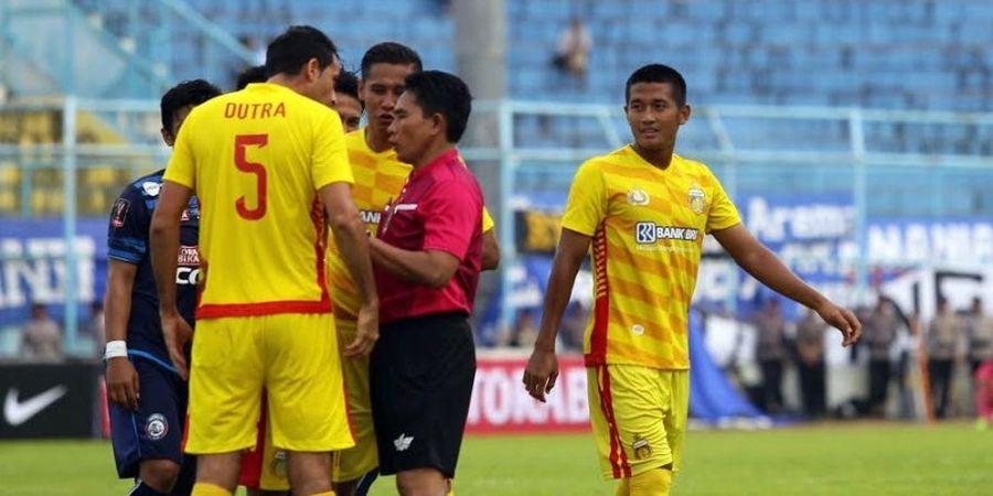 Lakukan Tekel Tak Berguna, Putu Gede Buat Pelatih Bhayangkara FC Kecewa
