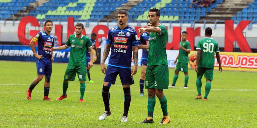 Laga Belum Bergulir, Arema FC Tuai Polemik di Markas Persebaya