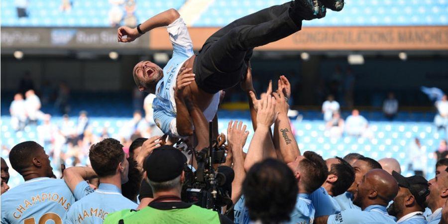 Manchester City Juara Liga Inggris, Foto Para Pemainnya Menghiasi 25 Tempat di Berbagai Negara