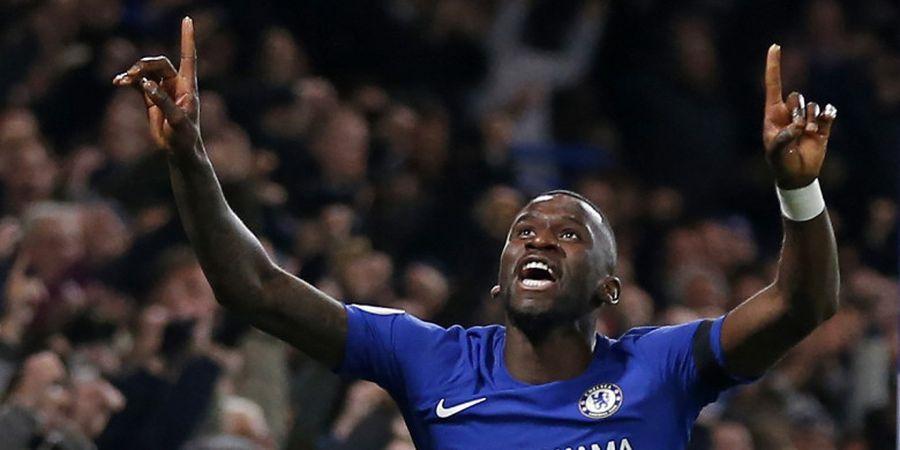 Sukses Menjadi Juara Piala FA, Ini yang Dilakukan Bek Chelsea di Ruang Ganti Pemain