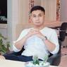 Pakai Batik Ratusan Juta, Raditya Dika Dipermalukan Gara-gara Uang Kondangan
