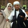 Sempat Dicemooh Karena Poligami, Momen Makan Bersama Ustaz Arifin Ilham dan 3 Istrinya Jadi Sorotan