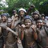 Mabuug-buugan, Mandi Lumpur untuk Mendekatkan Diri dengan Pertiwi