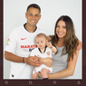Istri Ex-Bintang Man United Pamer Foto Tanpa Busana Demi Hal Gila Ini