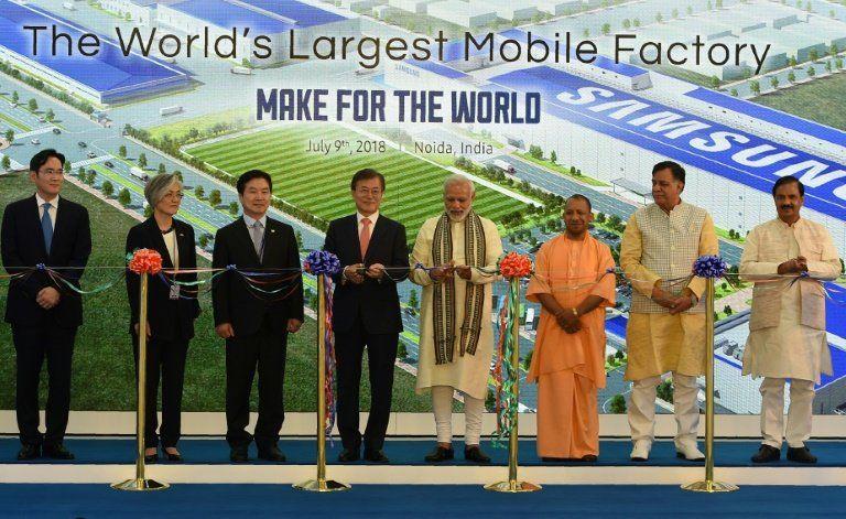 Peresmian Pabrik Samsung di India