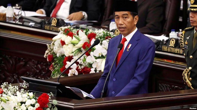 Presiden Republik Indonesia Joko Widodo (Jokowi) sempat menyinggung Indonesia akan memasuki era robot dan teknologi kecerdasan buatan (AI) dalam pidatonya di Sidang Tahunan MPR 2018