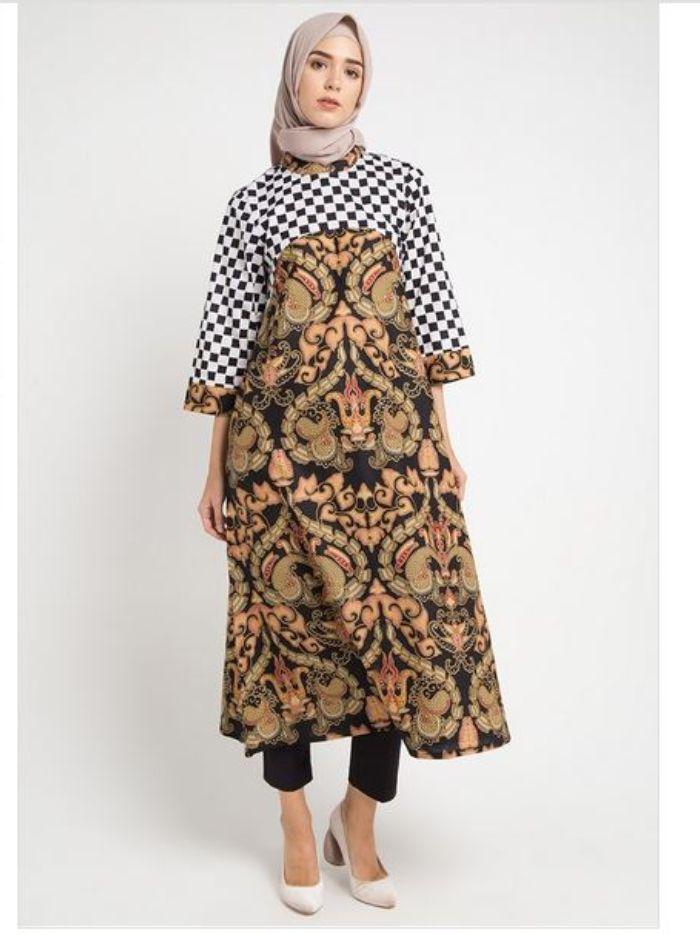 Inspirasi Batik Hijab Modern Untuk Pilihan Outfit Kondangan