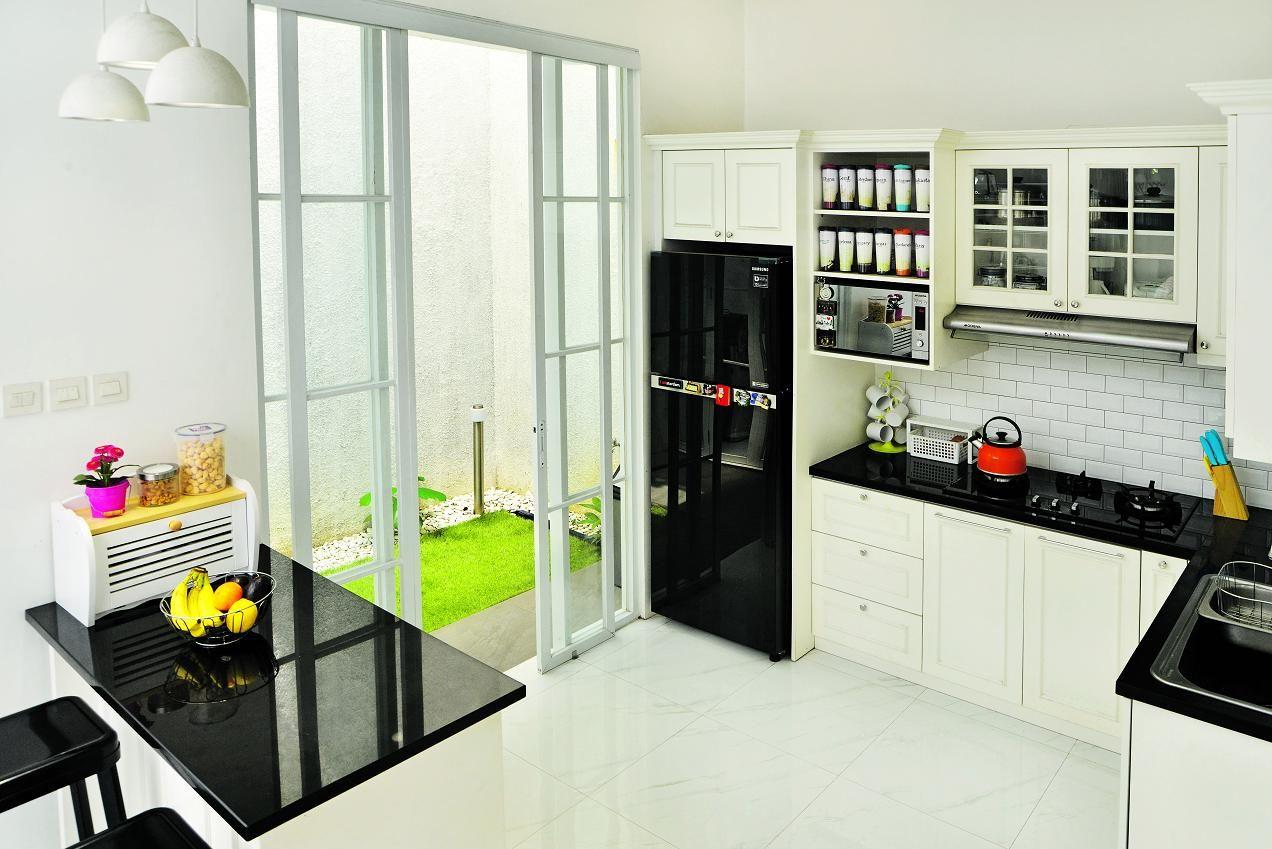 Inspirasi Desain Dapur Bentuk L, Luasnya Hanya 3 Meter Persegi - Semua  Halaman - iDEA