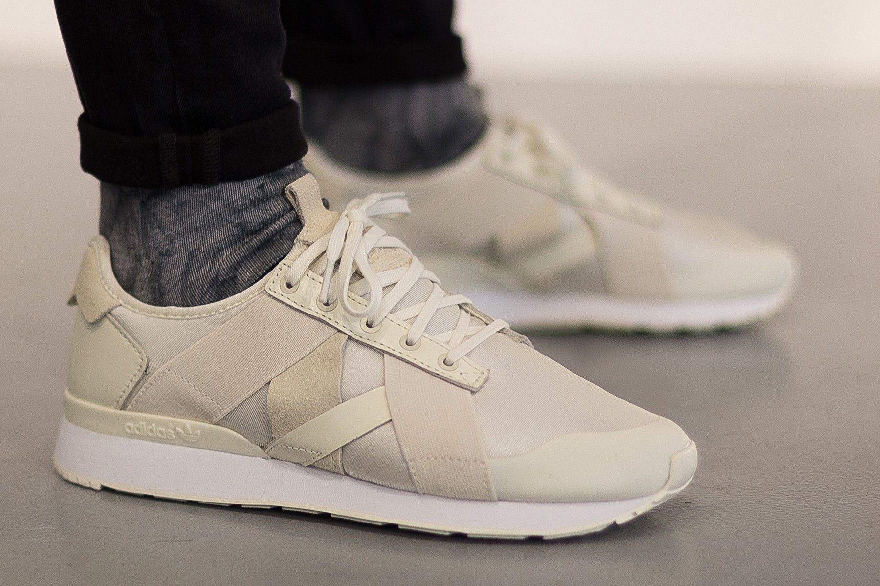 Berkat Teknologi AR, Adidas Mampu Jual Sneaker dalam Hitungan Menit