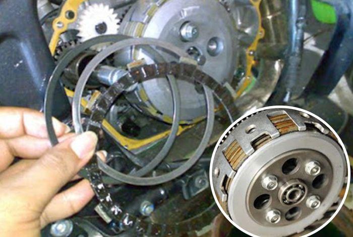 Ini Ciri Kampas Kopling Motor Aus Minta Diganti, Biker Wajib Tahu ...