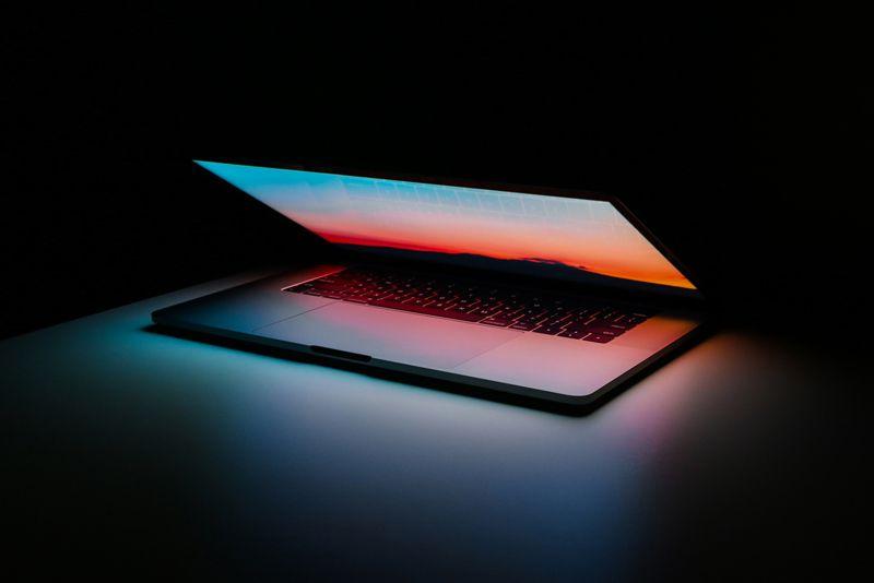 Cara Menggunakan Video Sebagai Screen Saver di Komputer Mac