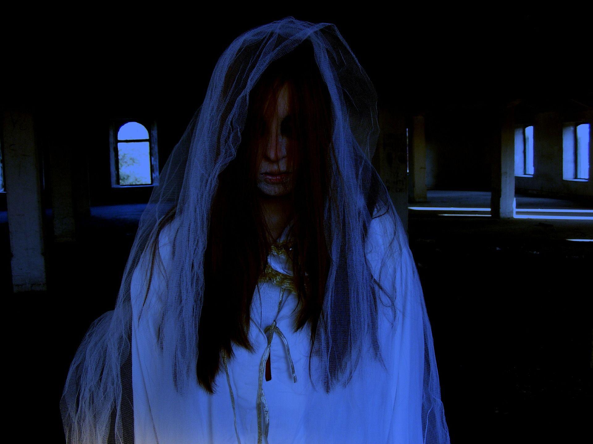 Tafsir mimpi bertemu hantu WANITA dalam togel