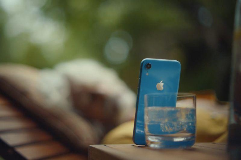 (Video) Iklan Baru Apple Sebut Face ID Lebih Mudah dan Aman Dibandingkan Touch ID