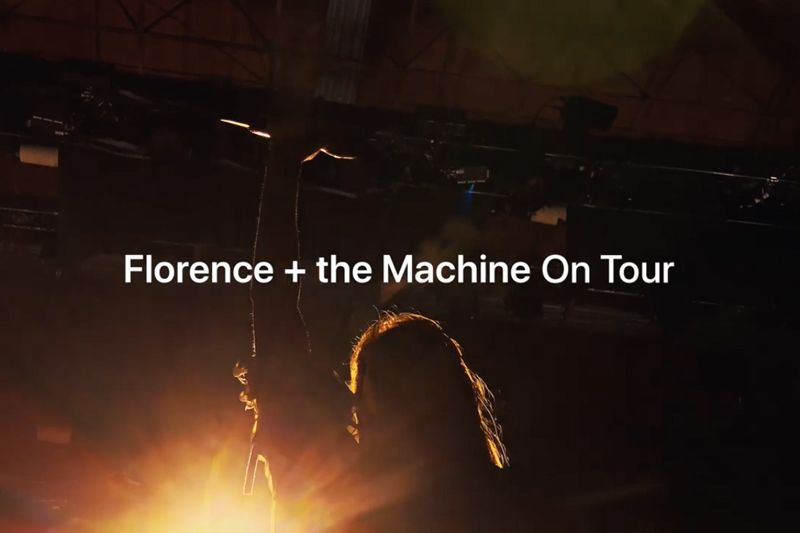 (Video) Shot on iPhone Rekam Kegiatan 'On Tour' Musisi dan Band Musik