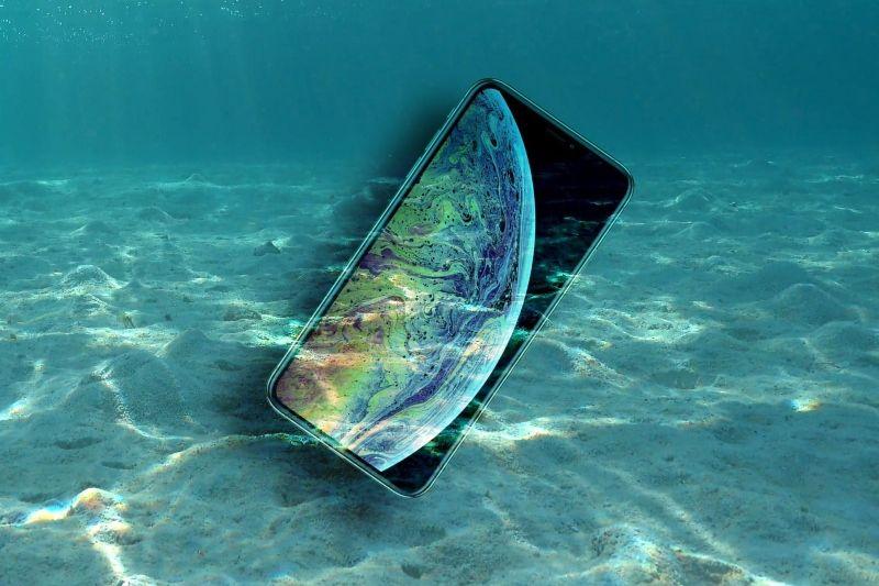 Tim Selam Temukan iPhone X Masih Menyala Normal di Dasar Danau