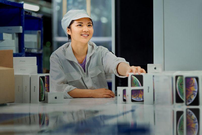 Apple dan Foxconn Melanggar Aturan Buruh untuk Merakit iPhone Baru