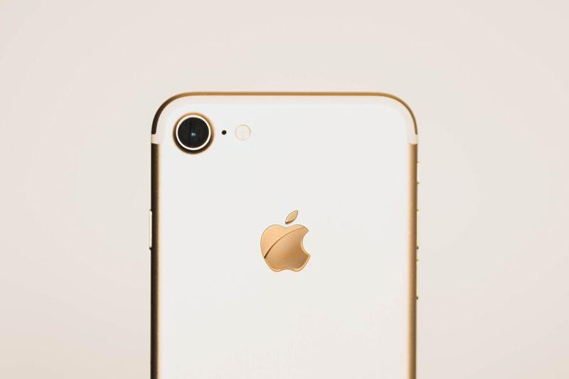 Apple Tutup Jalur Downgrade iOS 12.4, Selamat Tinggal Jailbreak