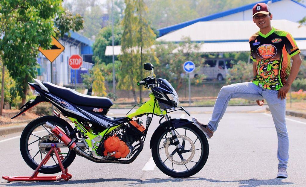 Gambar Modifikasi Satria Fu Thailand Suzuki Satria Tampil Mewah Dan Cerah Jadi 200 Cc Enak Untuk Harian Dan Mudik Semua Halaman Motorplus