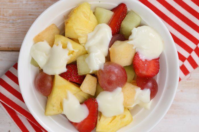 Resep Salad Buah Yoghurt Enak Untuk Dessert Nan Segar Dan Sehat Semua Halaman Sajian Sedap