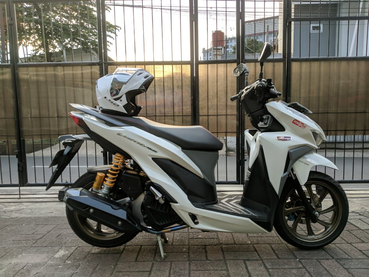 Tampilan Jadi Makin Gagah Segini Ongkos Bikin Sokbreker Belakang Honda Vario Jadi Dobel Motorplus