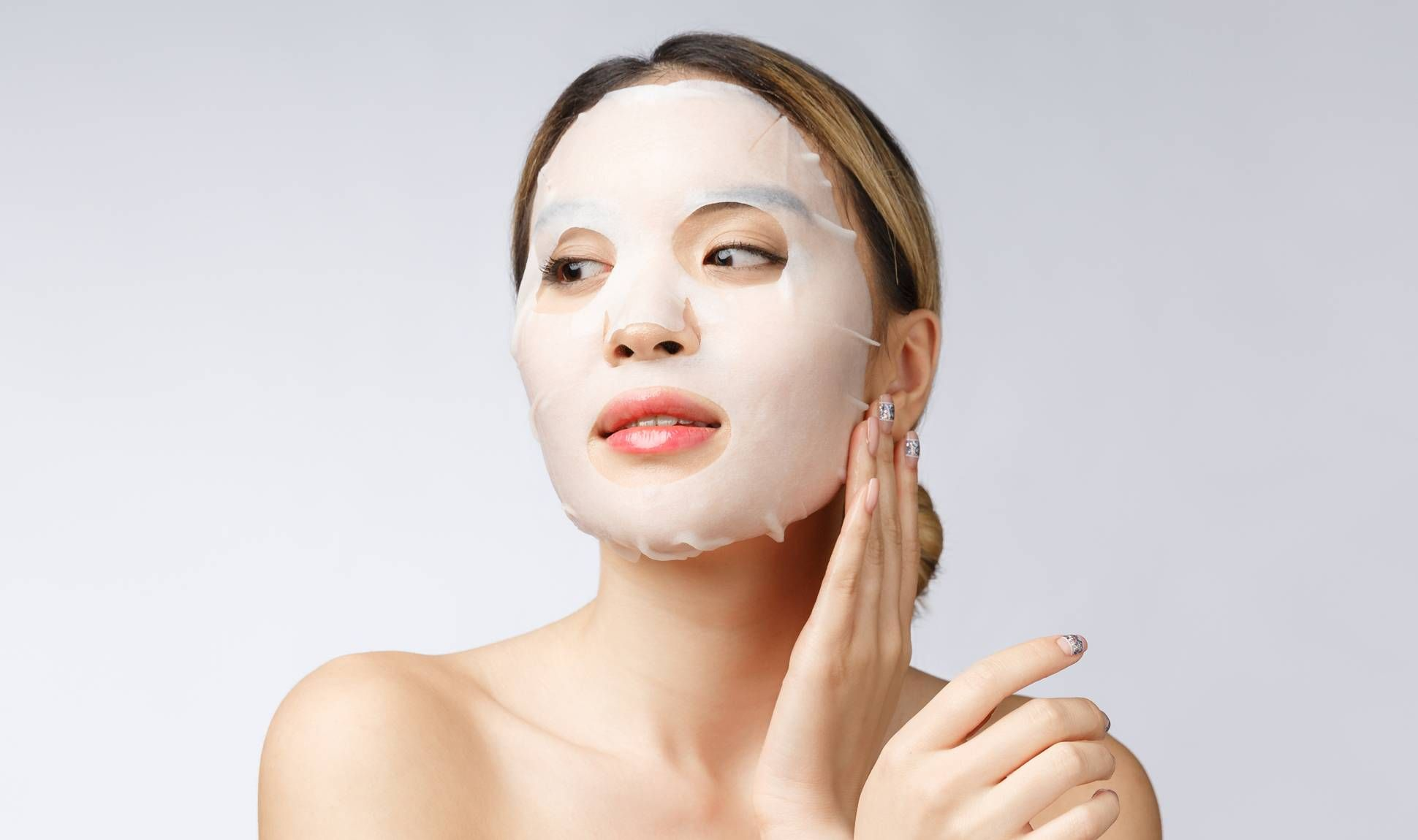 Sembarangan Pakai Sheet Mask Justru Bisa Bikin Kulit Rusak! Hindari  Kesalahan Berikut Ini - Semua Halaman - Stylo