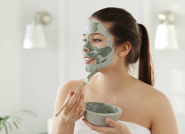 5 Rekomendasi Masker untuk Jerawat, Langsung Kempes dalam Sekejap! - Semua  Halaman - Stylo