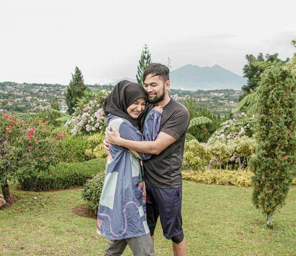 Shireen Sungkar dan suami
