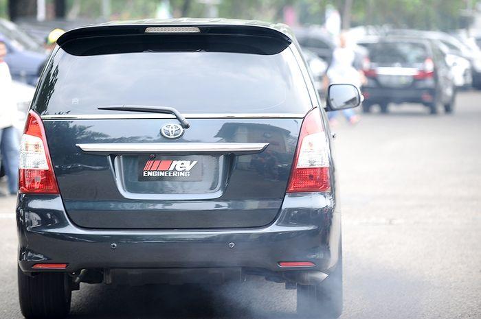 Permasalah Seputar Mobil Diesel. Asap putih atau hitam di knalpot