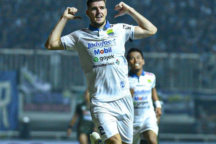 Nick Kuipers Terlecut Persembahkan Kemenangan untuk Persib Bandung