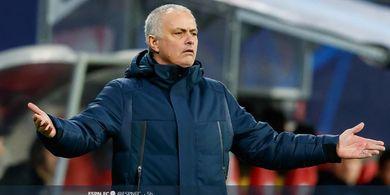 Jose Mourinho dan 4 Pemain Tottenham Hotspur Ketahuan Latihan Bareng