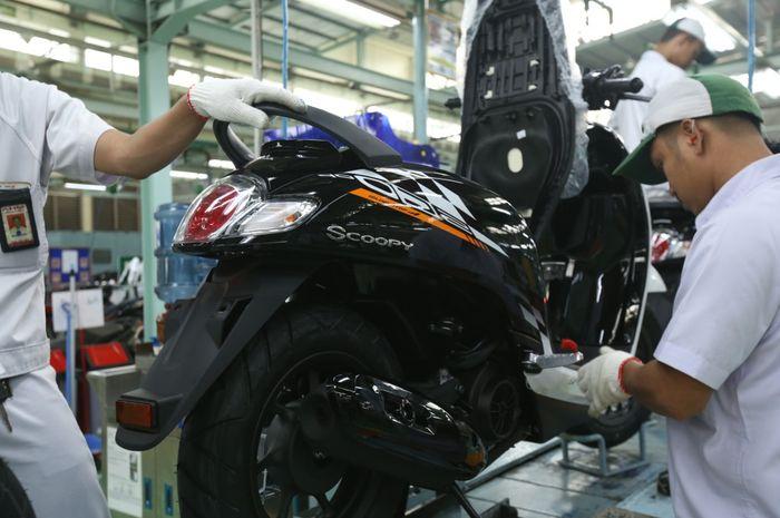 AHM hadirkan warna baru untuk All New Honda Scoopy