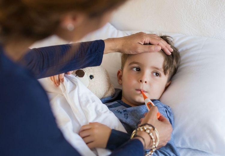 Wahai Orangtua, Inilah 8 Cara Menurunkan Panas pada Anak Tanpa Obat
