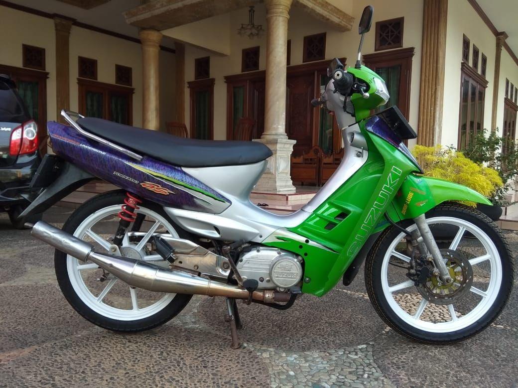 Ini Termasuk Motor 2 Tak Langka Suzuki Tornado 110 Grafis