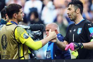 Iker Casillas Pensiun, Gianluigi Buffon Berikan Reaksi Seperti Ini