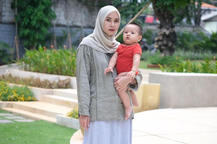 Zaskia Mecca sempat alami keracunan makanan saat tengah hamil
