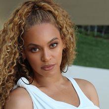 Cetar! Serba Emas, Begini Penampilan Beyonce di Pernikahan Anak Konglomerat India