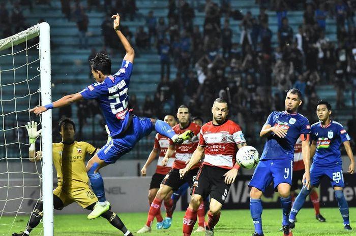 Suasana pertandingan PSIS Semarang kontra Madura United pada pekan ke-33 Liga 1 2019.