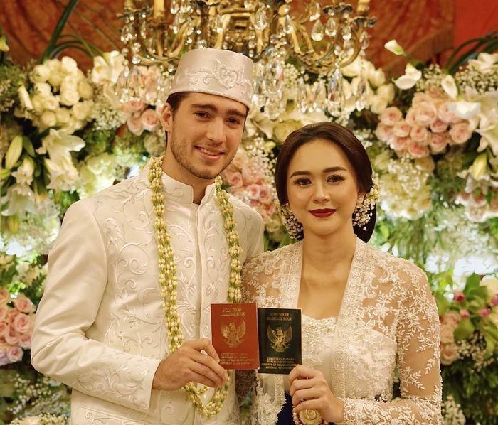 Hamil Pasca 3 Pekan Menikah, Aura Kasih Ungkap Kebenaran Pernikahannya
