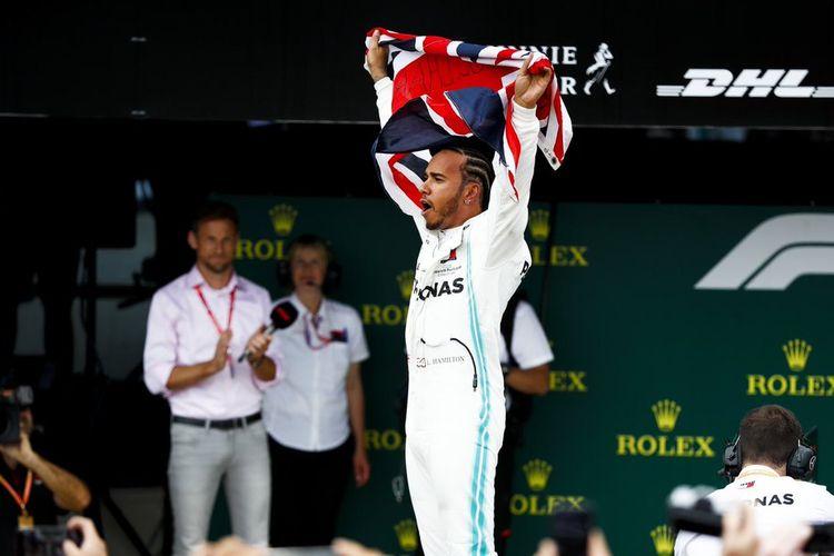 Lewis Hamilton: Red Bull Perlahan tapi Pasti Mulai Mengejar Mercedes