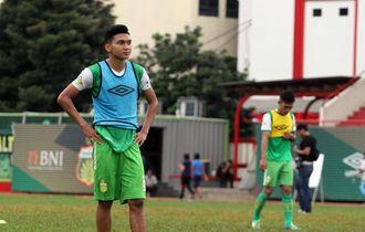 Dendy Sulistyawan Ingin Cetak Gol ke Gawang Persela Lamongan
