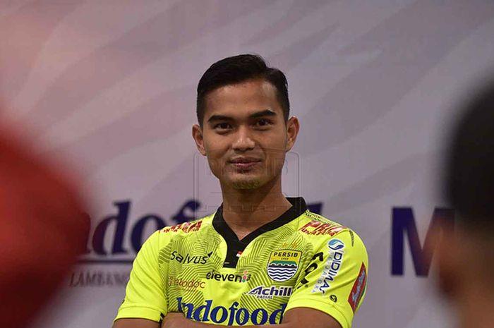 Dhika Bayangkara, saat diperkenalkan sebagai penjaga gawang anyar Persib Bandung pada Selasa (27/8/2019).