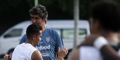 Sambut Baik Liga 1 2020, Pelatih Bali United Ingatkan tentang Protokol Kesehatan