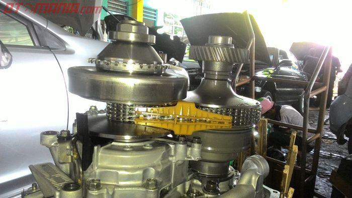 Transmisi CVT Subaru