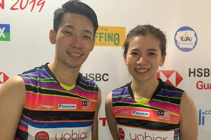 Pasangan ganda campuran Malaysia, Chan Peng Soon/Goh Liu Ying, berpose setelah menjalani laga semifinal Indonesia Open 2019 di Istora Senayan, Jakarta, Jumat (19/7/2019).