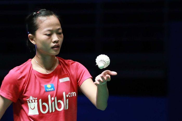 Tunggal putri Indonesia, Fitriani, saat berhadapan dengan Sung Ji-hyun (Korea Selatan) pada babak kesatu Malaysia Open 2019, di Axiata Arena, Bukit Jalil, Kuala Lumpur, Malaysia, Rabu (3/4/2019).